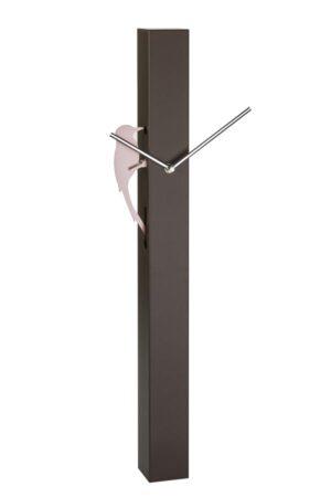 Woodpecker bruin Quartz wandklok met slinger